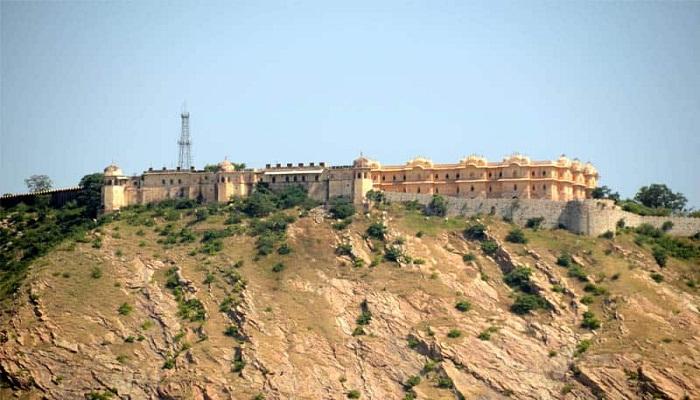 nahargarh-fort-jaipur-globetrouper