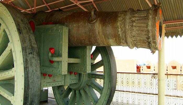 jaigarh-fort-globetrouper